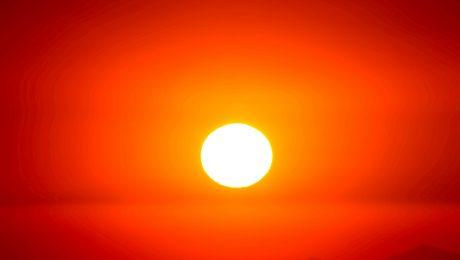 Air Conditioning Tips For Summer AC Plus Las Vegas Sun in glaring heat